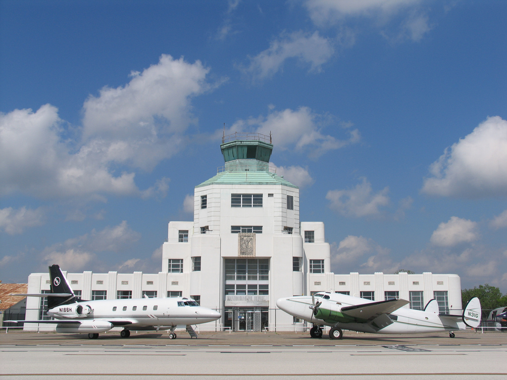 Houston Municipal Airport Terminal architecture