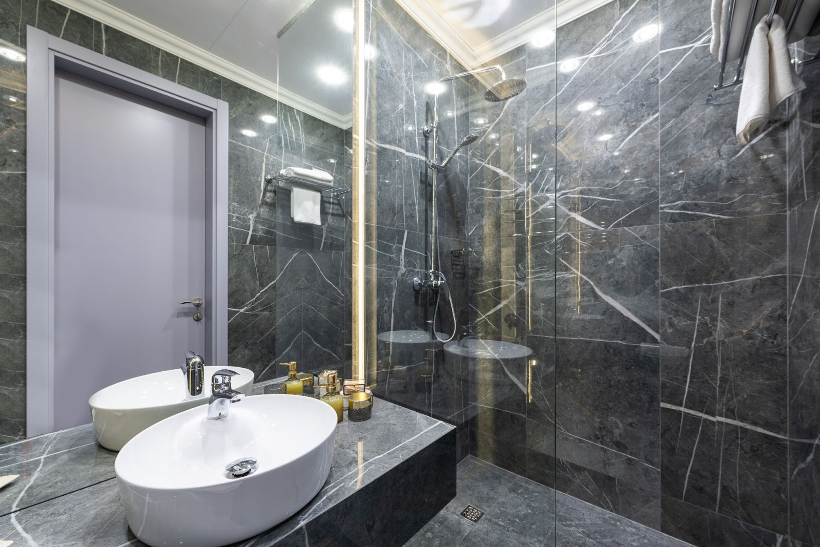 shower design with glass